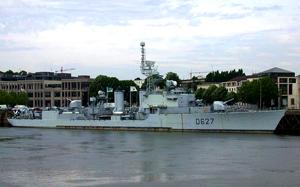 Une enquête sur un navire de guerre